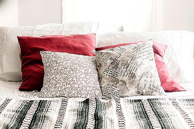 Photo Pillows,Emoji Pillows,Design on pillow cover | Greetstore